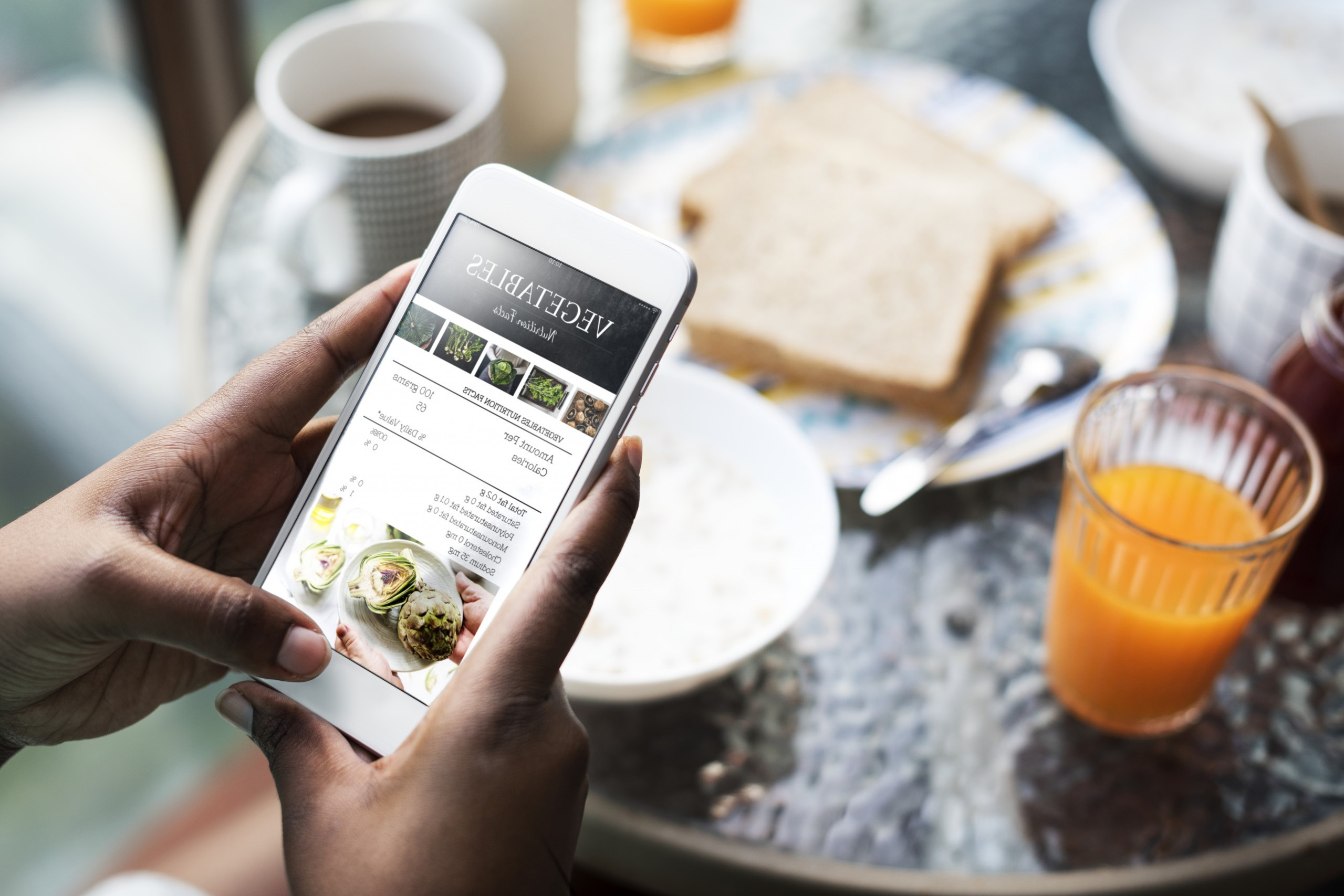 اطلب * وجبات لذيذة عبر الإنترنت