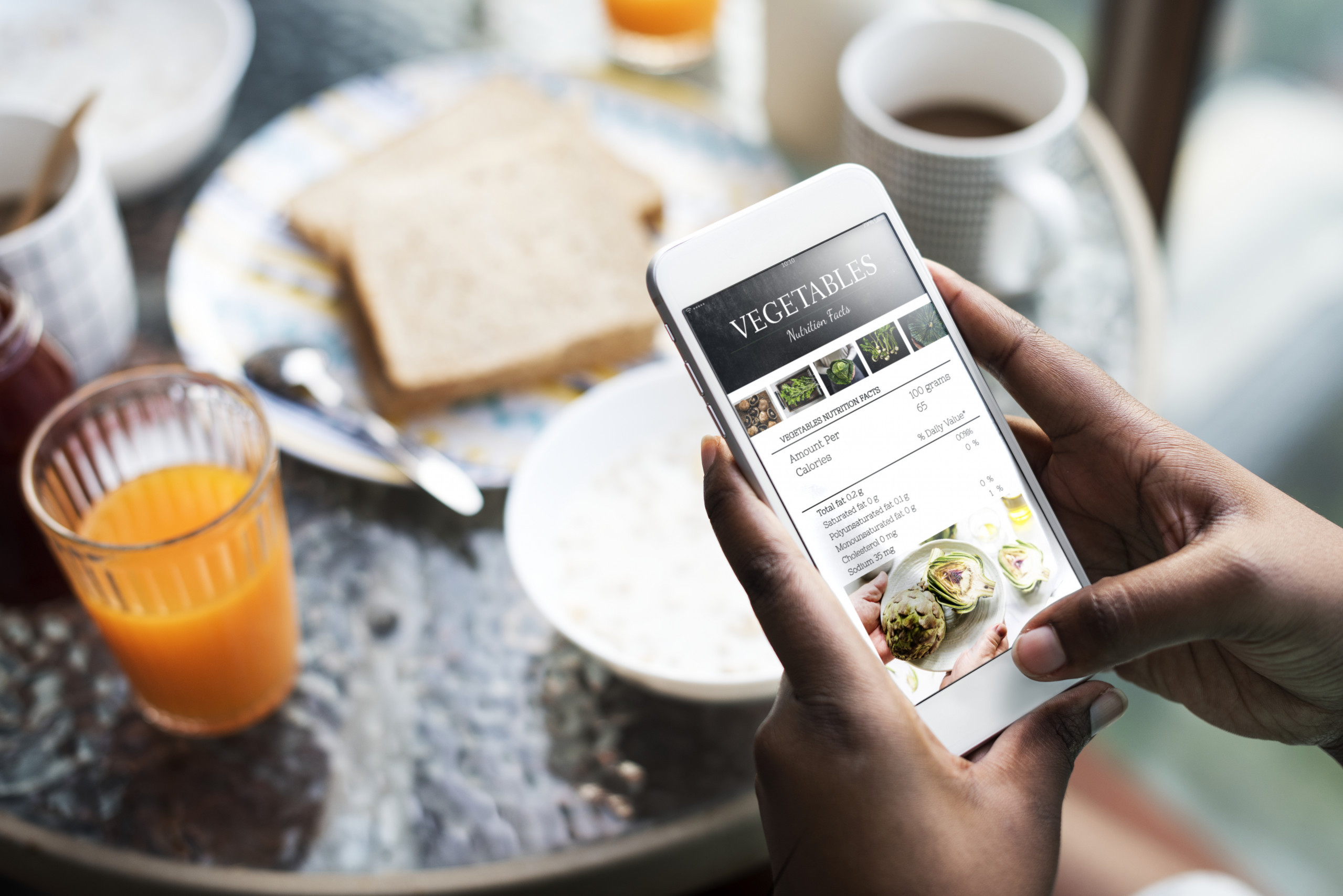 Order tasty meals online !